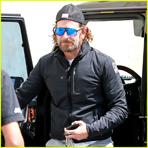 New Dad Bradley Cooper Hits the Gym in Capri Sweatpants