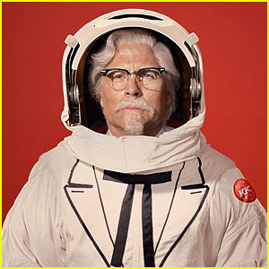 Rob Lowe is KFC's New Colonel Sanders!