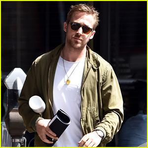 Ryan Gosling Grabs Lunch in Los Angeles