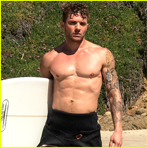 Ryan Phillippe Looks Hotter Than Ever for New Shirtless Beach Shoot - See 23 BTS Photos!