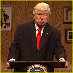 'SNL': Alec Baldwin's Trump Dodges Questions, Gets Compared to 'Finger Chili' (Video)