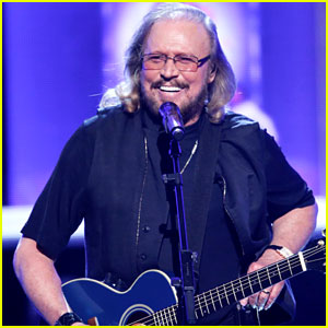 Watch The Bee Gees Barry Gibb Perform At Grammy Tribute Barry Gibb Bee Gees Music Just Jared