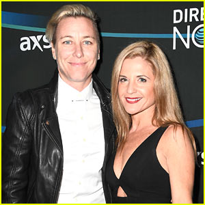 Soccer Pro Abby Wambach is Married to Christian Blogger Glennon Doyle Melton!
