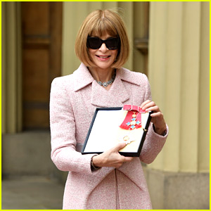 Anna Wintour Becomes a Dame, Puts Sunglasses On to Celebrate