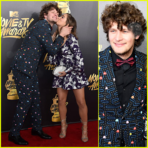 Jane the Virgin's Brett Dier Wears a Pac-Man Suit to MTV Movie & TV Awards 2017!