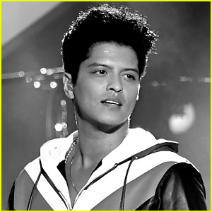 Bruno Mars' 'That's What I Like' Hits Number One on Hot 100!