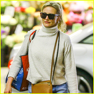 Cameron Diaz Stocks Up on Groceries in Beverly Hills