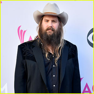 Chris Stapleton Postpones Tour Dates, Cancels CMA Performance Due to Injury (Report)
