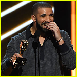 Drake's Billboard Music Awards 2017 Performance Took Place in a Fountain - Watch Now!
