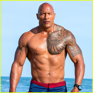 Dwayne Johnson Jokes About 'Baywatch' Movie's Bad Reviews