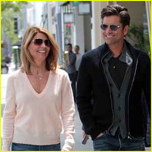 Full House's John Stamos & Lori Loughlin Step Out for Lunch!