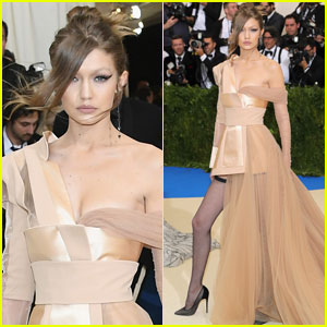 Gigi Hadid Hits Met Gala 2017 Carpet Without Zayn Malik