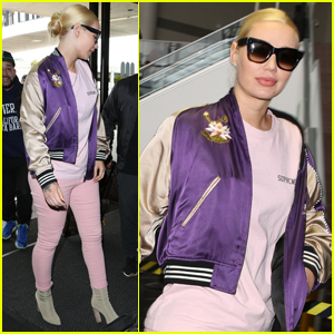 Iggy Azalea Jets to NYC For Debut 'Switch' Performance