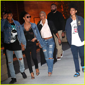 Jada Pinkett Smith Grabs Mother's Day Dinner with Willow & Jaden!