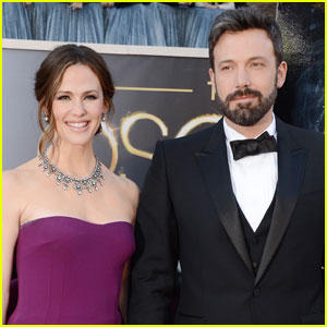 Jennifer Garner 'Happy to Be Single,' But Still Loves Ben Affleck