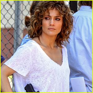 Jennifer Lopez Shares Super Sweet Pic with Daughter Emme!