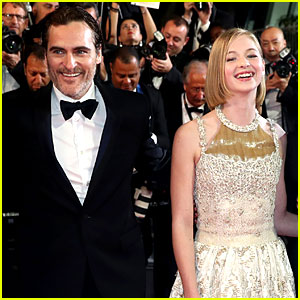 Joaquin Phoenix Premieres New Movie in Cannes with Newcomer Ekaterina Samsonov!