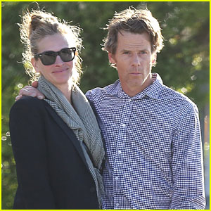 Julia Roberts & Husband Daniel Moder Cozy Up in Malibu After Her New Movie Announcement
