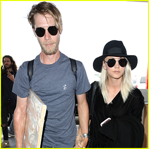 Kaley Cuoco Jets Out of Town with Boyfriend Karl Cook