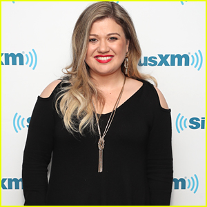 Kelly Clarkson Joins 'The Voice' as Coach for Season 14!