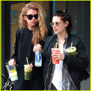Kristen Stewart & Stella Maxwell Are Living Together - Report