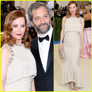 Leslie Mann & Judd Apatow Couple Up at Met Gala 2017