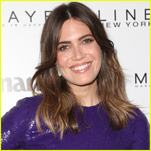 Mandy Moore Celebrates Success of 'This Is Us' One Year After NBC Pick Up