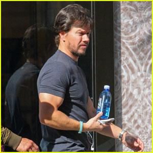 Mark Wahlberg Goes Shopping Before MTV Movie & TV Awards