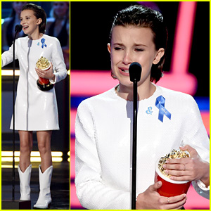 Millie Bobby Brown Cries While Accepting MTV Movie & TV Award 2017 - Watch Now!