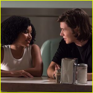 Everything, Everything's Amandla Stenberg & Nick Robinson Happy to 'Ride First Wave' Of Interracial Represenation in Film