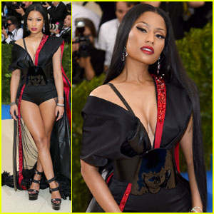 Nicki Minaj is Leggy in H&M on Met Gala 2017 Red Carpet