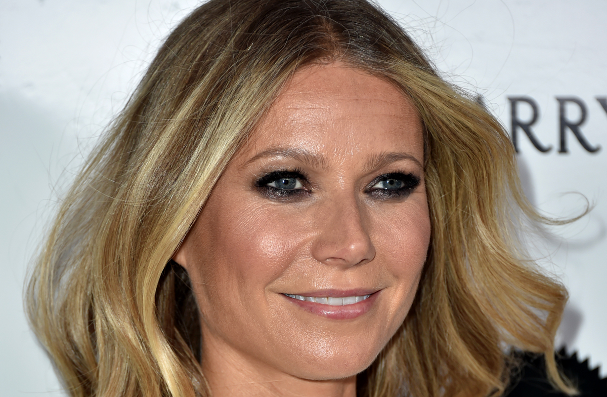 gwyneth paltrows daughter apple 13 is all grown up in new photo