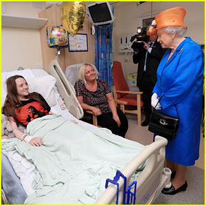 Queen Elizabeth Meets with Victims of Manchester Arena Bombing at Hospital