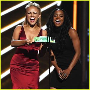 The Bachelorette's Rachel Lindsay Joins Miss America at Billboard Music Awards 2017