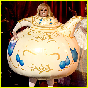 Rebel Wilson is Hilarious as Mrs. Potts at MTV Awards! (Video)