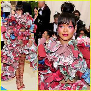 Rihanna's Met Gala 2017 Dress Is a Comme des Garcons Must See!
