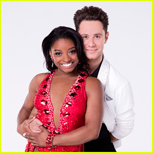 Simone Biles & Sasha Farber Do a Fun Charleston on 'DWTS' Week 7 - Watch Now!