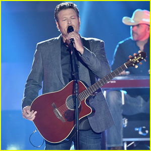 Blake Shelton Performs 'Every Time I Hear That Song' at CMT Awards 2017 (Video)