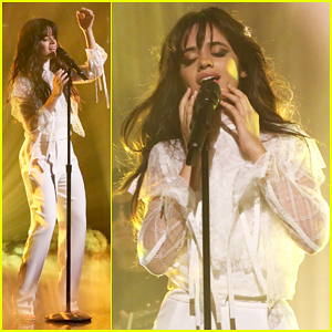 Camila Cabello Sings Summer Tweets, Performs 'Crying In The Club' On 'The Tonight Show'!