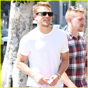 Charlie Hunnam Is All Smiles While Hanging with His Pals
