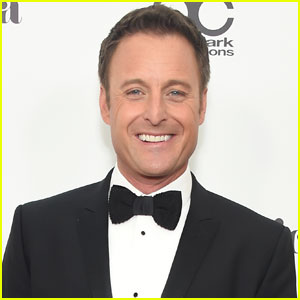 Chris Harrison Returns to 'Paradise' to Resume Production