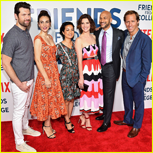 Cobie Smulders & 'Friends From College' Cast Reunite In NYC Ahead of Netflix Debut!