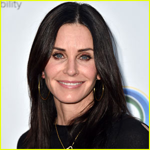 Courteney Cox Has Had All Her Face Fillers Dissolved: 'I'm As Natural As I Can Be'