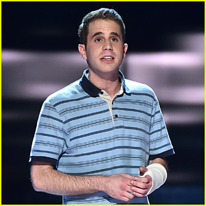 Ben Platt Sings 'Waving Through A Window' at Tony Awards 2017 (Video)