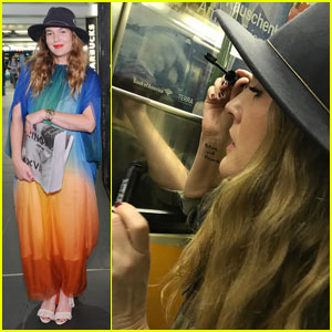 Drew Barrymore Does Her Makeup On The NYC Subway Too