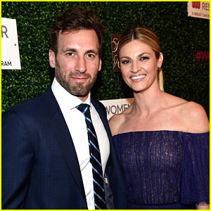 'DWTS' Host Erin Andrews Marries Hockey Player Jarret Stoll