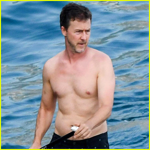 Edward Norton Goes Shirtless for Paddle Boarding in Italy!