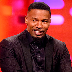 Jamie Foxx Runs Into His Daughter's Friends at the Club