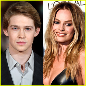 Joe Alwyn Joins 'Mary Queen of Scots' with Margot Robbie!