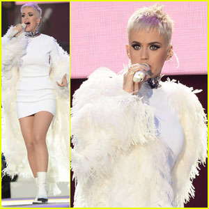 Katy Perry Sings 'Part of Me' & 'Roar' at 'One Love Manchester' (Videos)